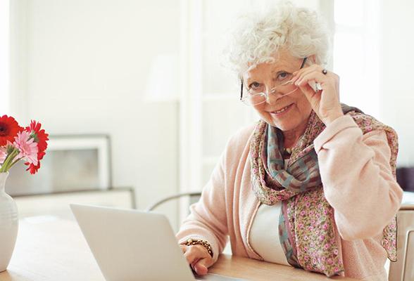 Работа людям предпенсионного возраста вакансии цена баллов в пенсионном фонде в 2021